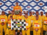 Hunter-Reay keeps the New Hampshire victory