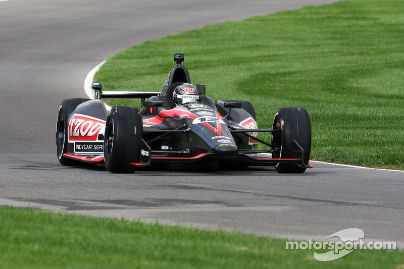 Wheldon begins IMS oval test for 2012 car