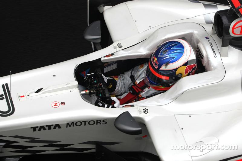 Liuzzi or Ricciardo to sit out India GP?