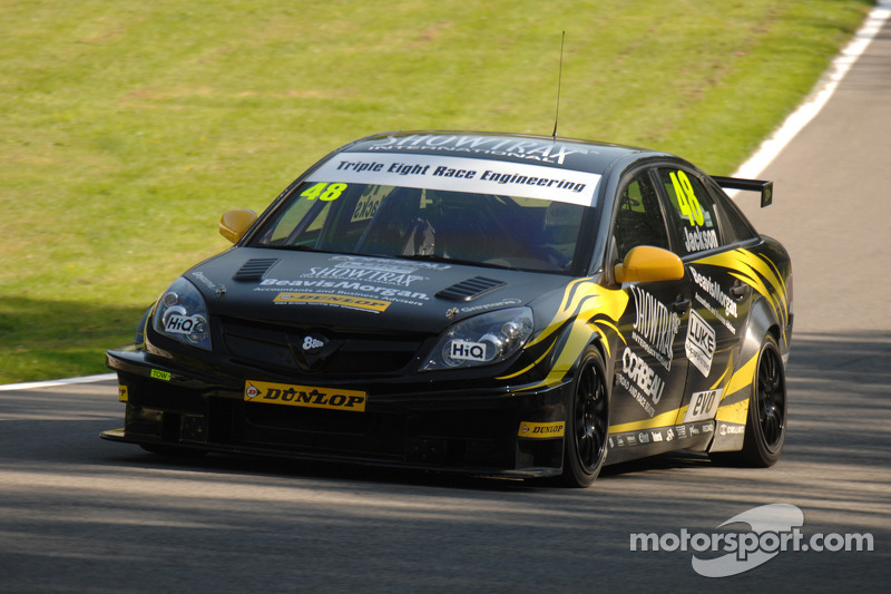 Triple 8 Brands Hatch GP qualifying report