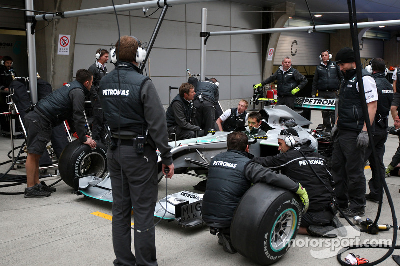 Mercedes feature - 2011 Season pit stop analysis