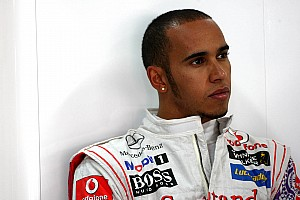 Hamilton hits back at Ecclestone criticism
