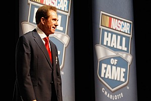 NASCAR Sprint Cup Evans, Inman, Waltrip, Wood, Yarborough join Hall of Fame