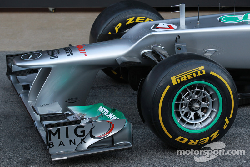 'F-duct fever' returns to F1 in 2012