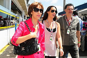 HRT was 'risky team' for Senna - mother