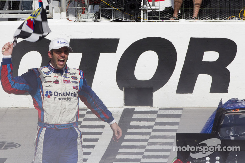 RCR's Sadler takes the Bristol 300 win