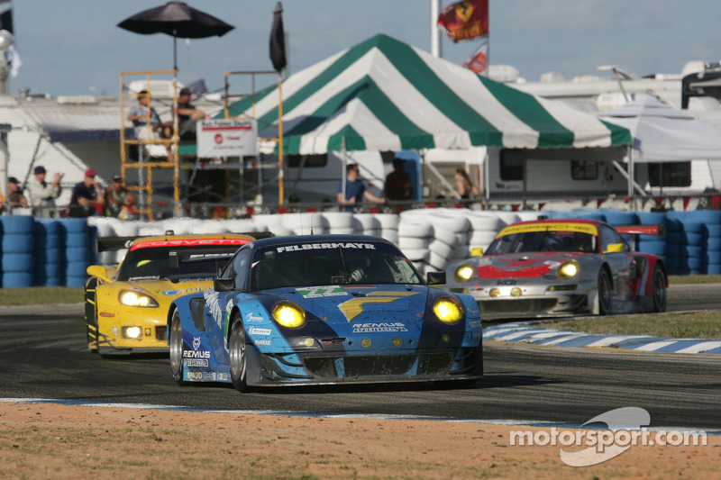 Porsche teams Sebring race report