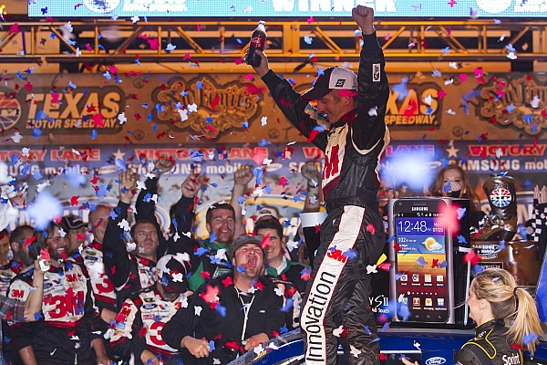 Greg Biffle snaps winless streak at Texas