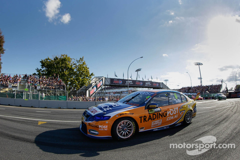 Davison On Pole, Whincup In The Wall