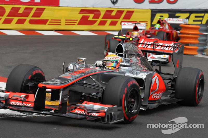 Drivers warn McLaren to fix backwards slide