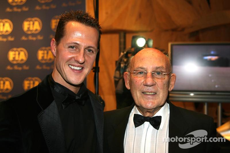 Ultra-safe F1 'a shame' - Moss