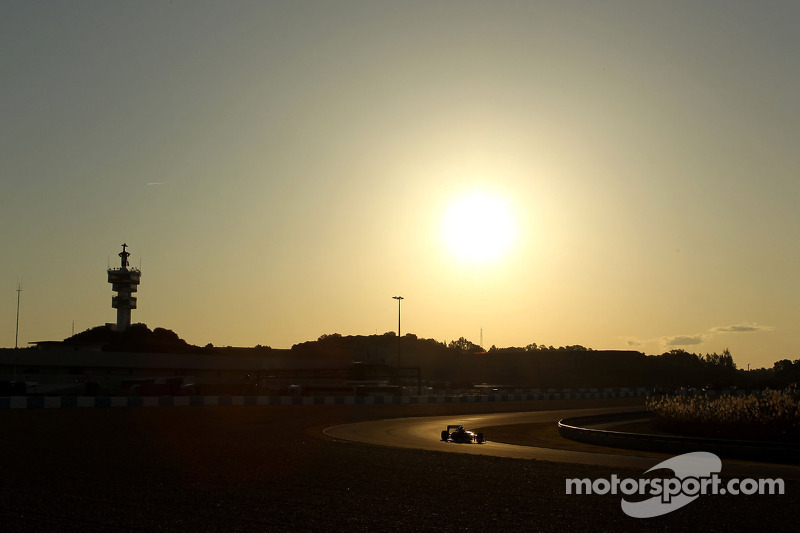 Teams make winter test plans for mid-March 2013 opener
