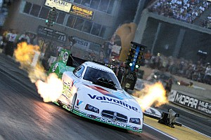 NHRA Qualifying report Astounding 4.018-second run puts Beckman on pole at Brainerd