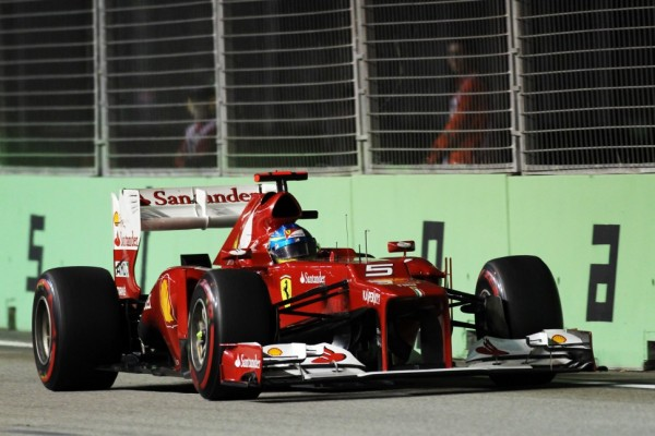 Alonso's title lead sheds 8 points in Singapore