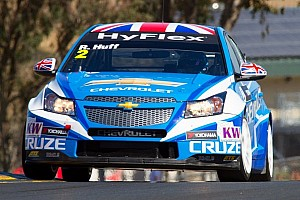 WTCC Race report Muller and Huff on equal points after debut USA event in Sonoma