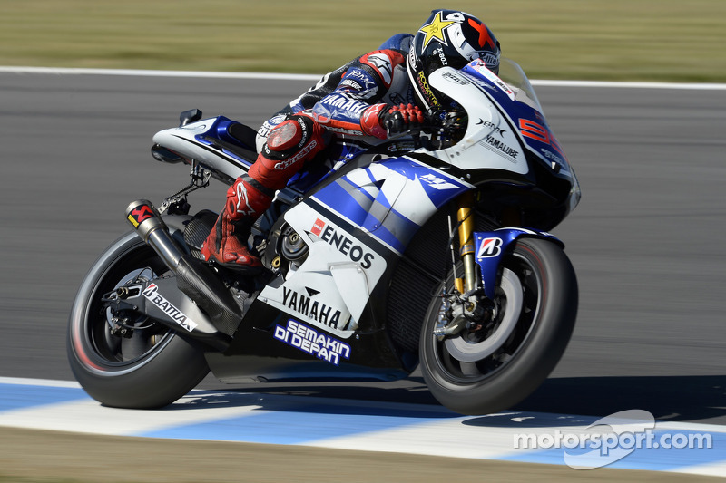 Lorenzo scores 50th career pole in heated Motegi qualifying