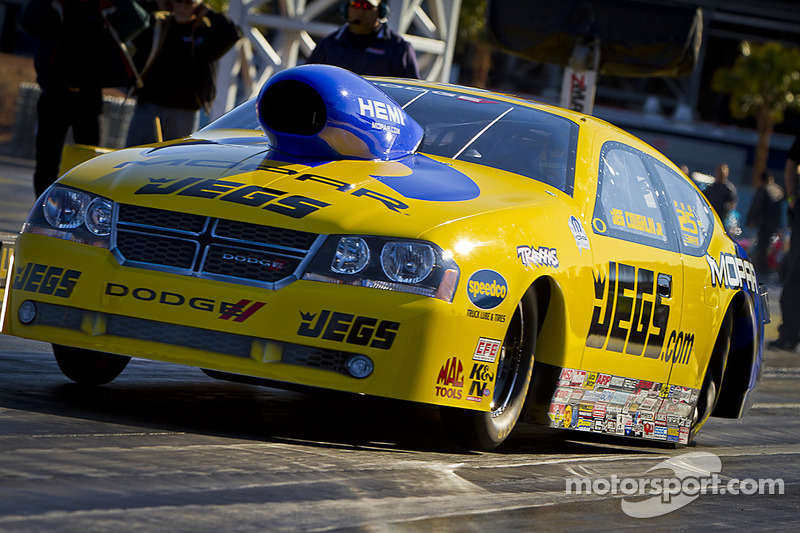Coughlin Jr. knocks out Anderson before bowing to points leader Johnson on finals