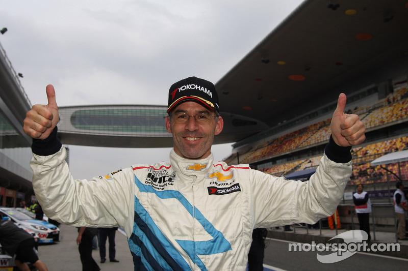 Menu claims third consecutive pole at Shanghai