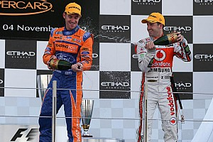 Whincup completes Abu Dhabi sweep with third victory