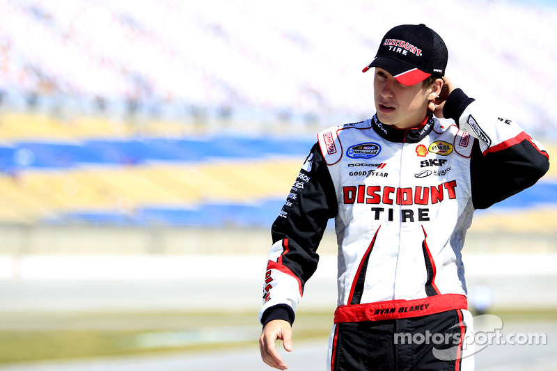 Ryan Blaney finishes second at Texas in his Penske Dodge