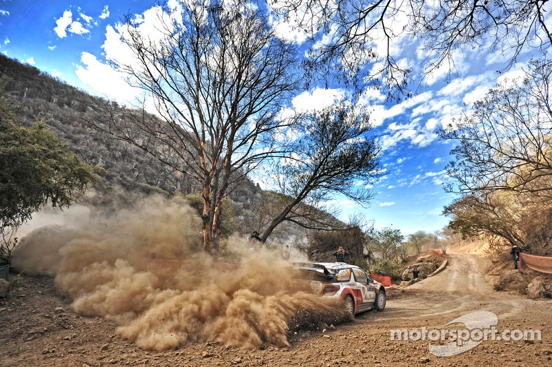 Mikko Hirvonen in the thick of it on Rally Mexico