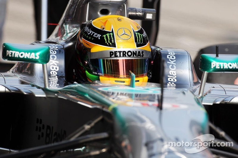 Great qualifying session for Mercedes AMG with Hamilton on pole of China GP