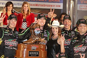 NASCAR Sprint Cup Race report Kyle Busch celebrates 300th start with win at Texas