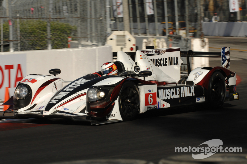 Graf, Luhr win third straight Long Beach race