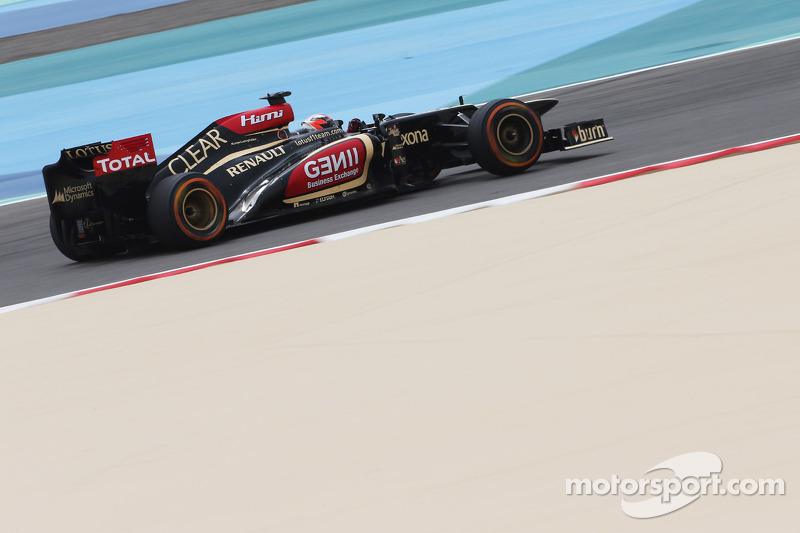 Lotus expects to stay with Renault in 2014