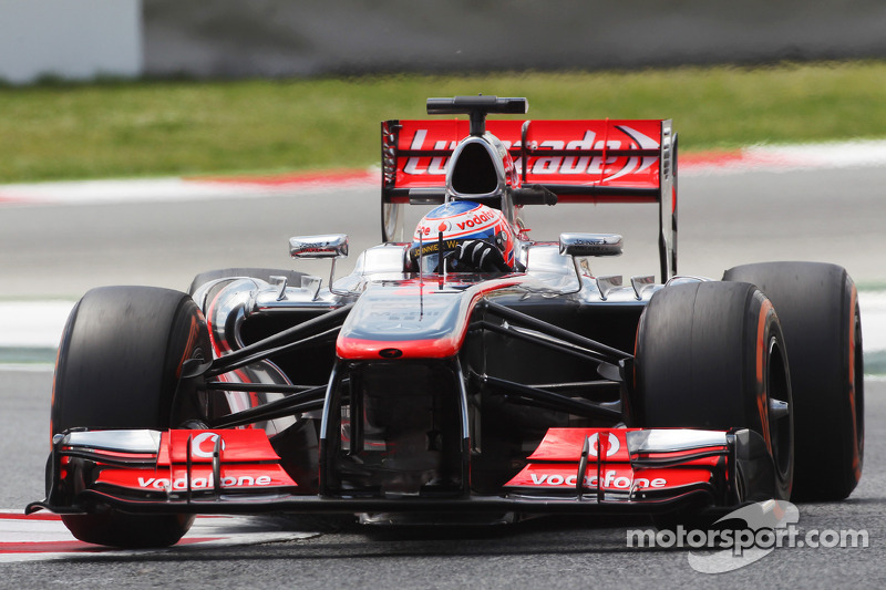 McLaren to use free Honda engines in 2015 - report