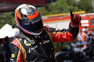 Raikkonen admits 'two options' for 2014 seat