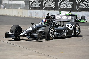 IndyCar Qualifying report Franchitti quick in Detroit, field set for race one