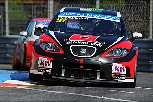 WTCC Race report Muennich Motorsport scored the third podium placing in Portugal
