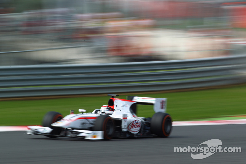 GP2 teams prepare for the heat of Hungary