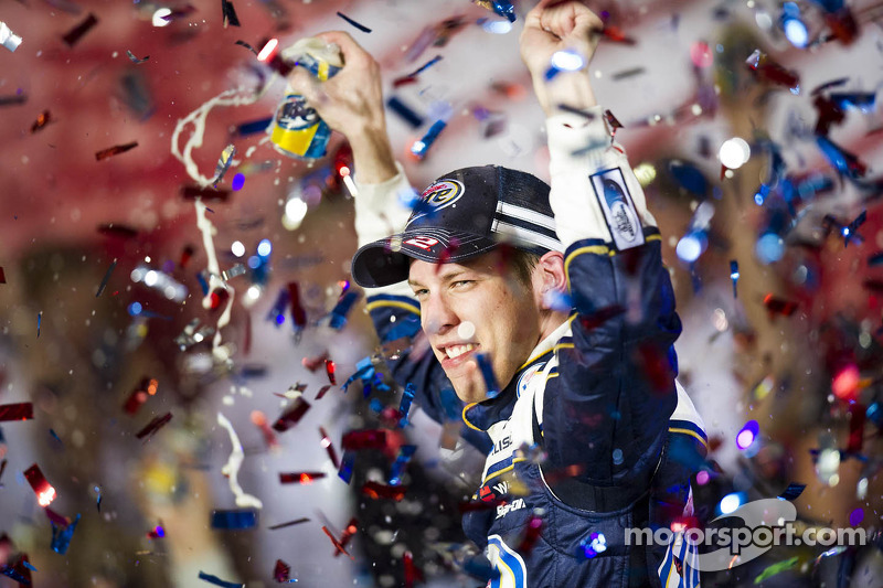 Penske Racing takes the win at Charlotte