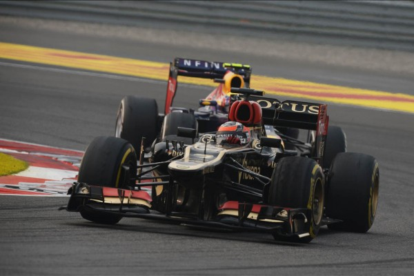 Raikkonen arrives in Abu Dhabi for practice