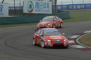 WTCC Race report Macdowall into independents podium double figures in Shanghai
