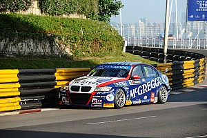 WTCC Race report Tom Coronel concludes 2013 season in style with Macau podium finish - video