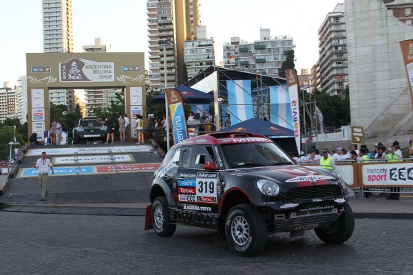 A million fans to see off the Dakar