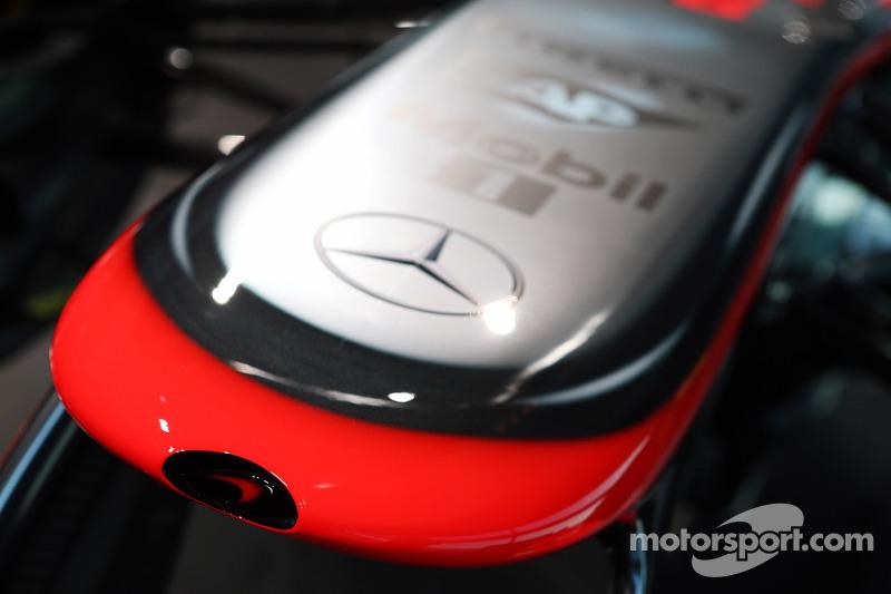 2014 McLaren passes all crash tests
