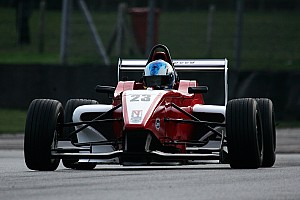 Formula Renault Breaking news Papanastasiou switches to Formula Renault with Hillspeed