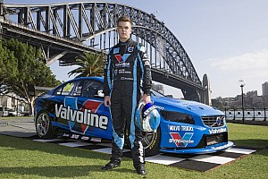 Volvo's young kiwi star brings Clipsal 500 Adelaide to its feet