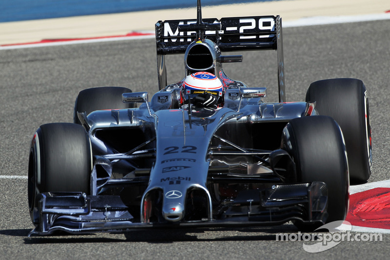 McLaren adds black to 2014 race livery