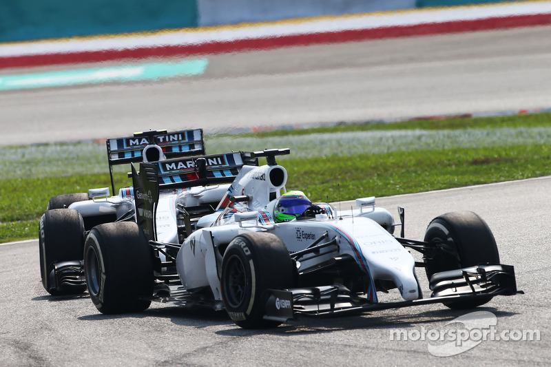 Massa ignores Williams team orders in Malaysia