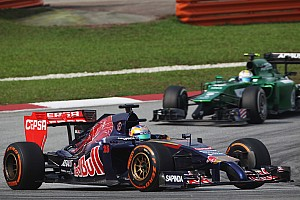 Toro Rosso gets ready for race at Sakhir