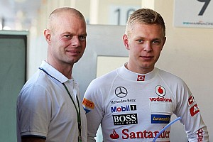 Formula 1 Breaking news Father Jan at races distracting - Magnussen