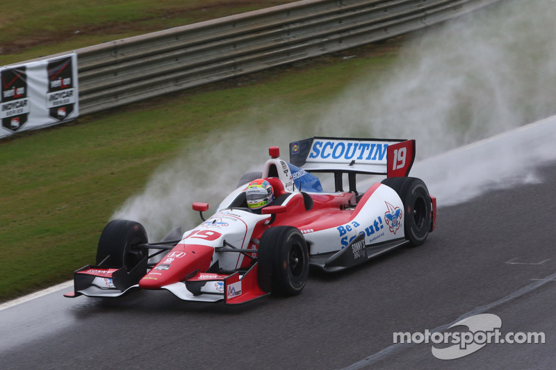 Justin Wilson surges to sixth in Honda Grand Prix
