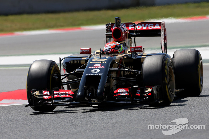 Lotus hits back after Renault pay claims
