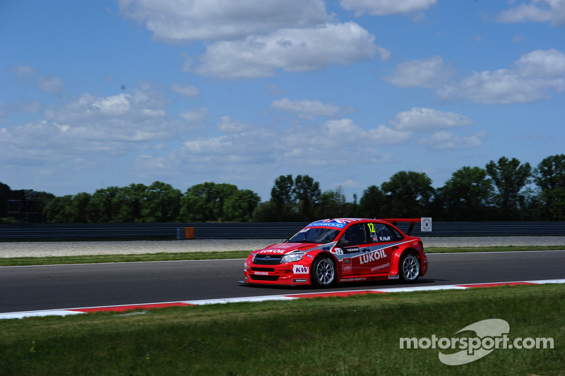 Teams Lada, Campos And Münnich test at Slovakia Ring