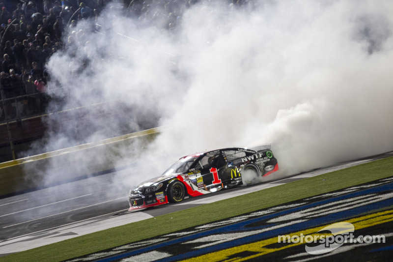 Jamie McMurray had a million reasons to go all-out for All-Star win